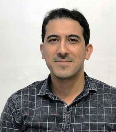 دکتر هادی  طاهری